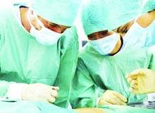 Когда впервые была применена хирургия?