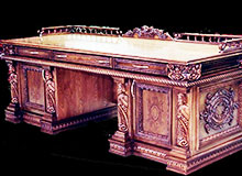 Кто сделал первый стол?