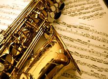 Кто изобрел саксофон?
