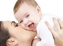 Почему младенец может питаться только молоком матери?