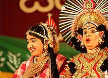 Сколько длились спектакли в театре древней Индии?