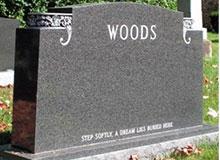 Откуда пошел обычай ставить надгробные памятники?