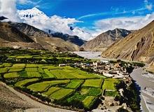 Закрытое Королевство Мустанг в Гималаях