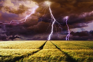 Что такое молния описание для детей
