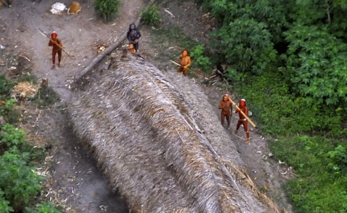 племена в лесах Амазонки
