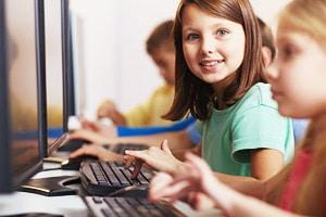 Обучение детей работе на компьютере в Малой компьютерной академии. Изучение программ с детьми. В стране необходимо компьютерное образование для детейю