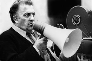 Какие фильмы снял итальянский режиссер Федерико Феллини биография и история жизни Феллини.