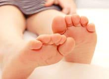 Что является причиной плоскостопия?