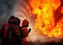 Почему вода гасит огонь?