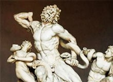 Когда была создана первая скульптура?