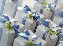 Как появился обычай делать подарки на свадьбу?