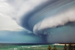 Шквал это ураганный ветер. Как образуются шквалы в природе?