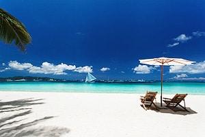 Почему песок черный бывает или зеленый. От чего зависит цвет песка на пляжах.